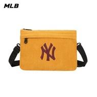 【MLB】燈芯絨系列斜背包 肩背包 紐約洋基隊logo(32BGDG011-50D)