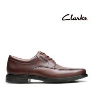 【Clarks】UN 商務人士最愛經典德比綁帶紳士鞋(棕色)