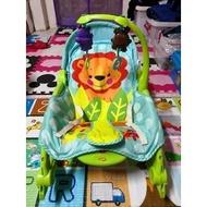 二手 - 貝登寶嬰兒搖椅