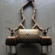 BMW F82 M4 原廠全段排氣管  (可分段拆賣)