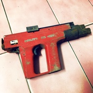 HILTI DX450 火藥擊釘槍