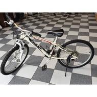 二手 捷安特腳踏車 24吋21段變速 少騎車庫車 適合125-155公分青少年騎 有快拆功能