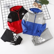 Adidas愛迪達兒童拼接撞色套裝 純棉面料 加厚冬季套裝 男童套裝 女童套裝 經典愛迪達兒童套裝 中大童套裝