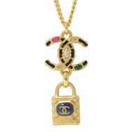 CHANEL 彩色裝飾雙C LOGO鎖頭吊飾項鍊(金)