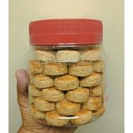 🌈Biskut Raya 2021🌈 Biskut Mazola (💯 Homemade) Kuih Kacang [1 Balang 50 Pcs]