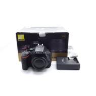【台中青蘋果】Nikon D5600 單機身 二手 APS-C 單眼相機 快門次數約1,580 公司貨 #53321