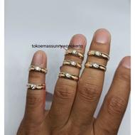 Cincin tunangan emas asli