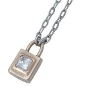 鋼系列聯名金色鎖頭造型鑲鑽項鍊