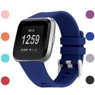Fitbit Versa/Versa Lite/Versa 2 วง,ซิลิโคนอ่อนนุ่มกีฬาเปลี่ยนวงอุปกรณ์ออกกำลังกายสายรัดข้อมือสำหรับ Fitbit Versa/Versa 2/Versa Lite Smart Watch ผู้หญิงผู้ชายขนาดใหญ่ขนาดเล็ก