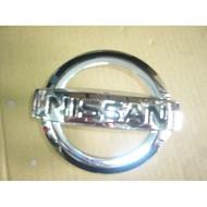 冠勝車材 日產 TEANA J31 水箱罩標誌 正廠件