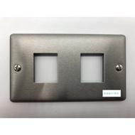 [現代] 開關美學 不鏽鋼 復古 白鐵 開關 插座 電料 蓋板 面板 三切開關 雙 (黑灰色)