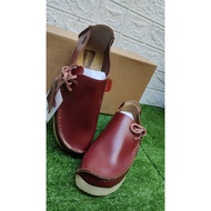 Hot spot CLARKS LUGGER & NATALIE - (FREE GIFTS 🎁 ) CLARKS LUGGER & CLARKS NATALIE