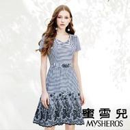 【mysheros 蜜雪兒】條紋緹花腰身洋裝(藍)