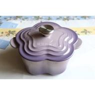 特價【珮珮雜貨舖】全新《LE CREUSET》琺瑯鑄鐵山茶花鍋 鋼頭 16cm Blue Bell Purple 藍鈴紫
