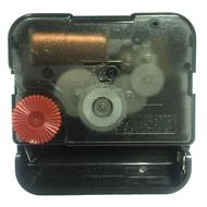 【太陽牌機芯-掃秒款】掃秒 靜音 機芯 12888 (台灣永鎮),附隨機簡約或古典型指針 石英鐘機芯