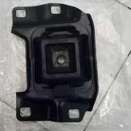 Engine Mounting Left Engine Ford Focus. Mazda 3
