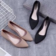 พร้อมส่ง รองเท้าผู้หญิง รองเท้าแฟชั่น คัชชูเจลลี่ มีหลายสีให้เลือกสวยJY-63(แนะนำให้ซื้อเพิ่ม1เบอร์) ผู้ชาย