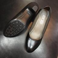 รองเท้าคัชชู สีดำล้วน หนังนุ่มมาก ของ OXXO ใส่ทำงานได้ สบาย  หัวกว้าง ไม่บีบเท้า