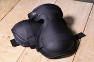 【背包狂人】Arcteryx LEAF 始祖鳥 軍版 Military Knee Caps 戰術 護膝 現貨