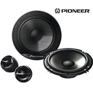 2 Pioneer Speaker plus tweeter with installation