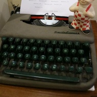 (二手)早期美國製古董打字機 Smith Corona 打字機