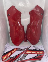 SIDE COVER SET XRM110 WITH STICKER RED YSK BRAND