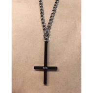 黑色 666倒十字架造型 316L 白鋼項鍊【搖滾地鐵】現貨