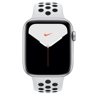 Apple Watch Nike S5(GPS)44mm 銀色鋁金屬錶殼+白色錶帶