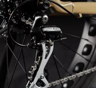 2020 IZIP Sumo Electric Fat Bike E bike super low miles size large