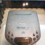 SONY D-330 DISCMAN WALKMAN CD PLAYER 全正常