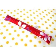 【寶貝童玩天地】【HO017-1】黃豆棒 敲敲棒 拍打棒 客家花布 單色款 - 紅色