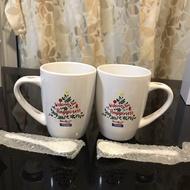 แก้วกาแฟ ใส่นมชงร้อน-เย็น แอนลีน(เนื้อเซรามิค-เข้าไมโครเวฟได้)+ช้อนเสียบที่หูแก้ว (ราคานี้ได้แก้ว 2 ชุด)