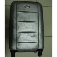 二手 出清 Samsonite 四輪 20吋 銀色 行李箱 登機箱