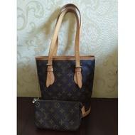 Louis Vuitton LV M42238 經典花紋子母水桶包