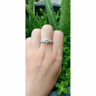 Light Gold Ring With 1.5 Gram Weight Lace