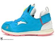 2017 限量發售 atmos x DORAEMON x PACKER SHOES x Reebok  VERSA PUMP FURY DORAEMON INFANTS 小童鞋 幼童鞋 哆啦A夢 藍色絨毛 小叮噹 啾啾聲 INSTA (BS7842) !