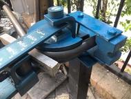 เครื่องดัดเหล็กกลม ชุดดัดแป๊บ 1/2-1.1/4 ยี่ห้อ RAMBO ( ดัดแป๊บมือโยก ขนาด 4หุน - 1นิ้ว2หุน )
