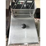 KingCook營業用桌上型油炸機EF-81/油炸爐/油炸鍋/餐飲設備/氣炸鍋/簡易櫥具A2034【晶選二手傢俱】