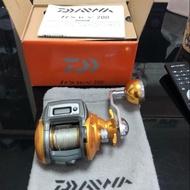 使用約5次 Daiwa icv200 小搞搞 捲線器 船釣
