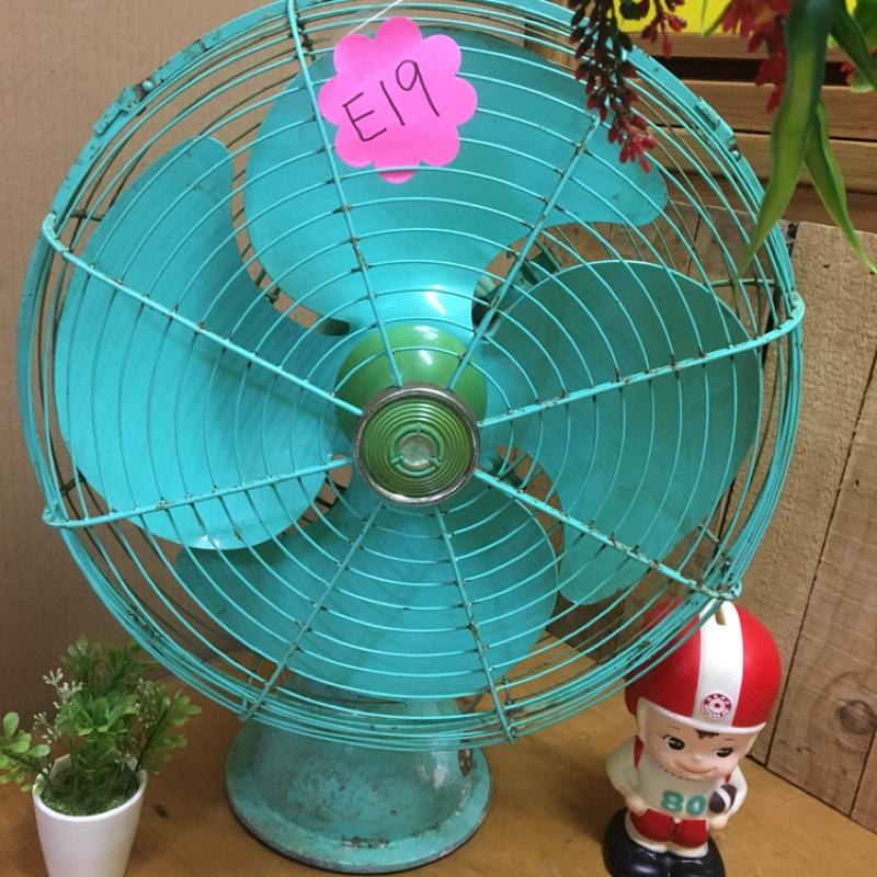 早期大同電扇、古董電扇 E19⋯⋯ 可使用、可擺頭#擺設#電扇#早期#大同風扇#風扇#大同