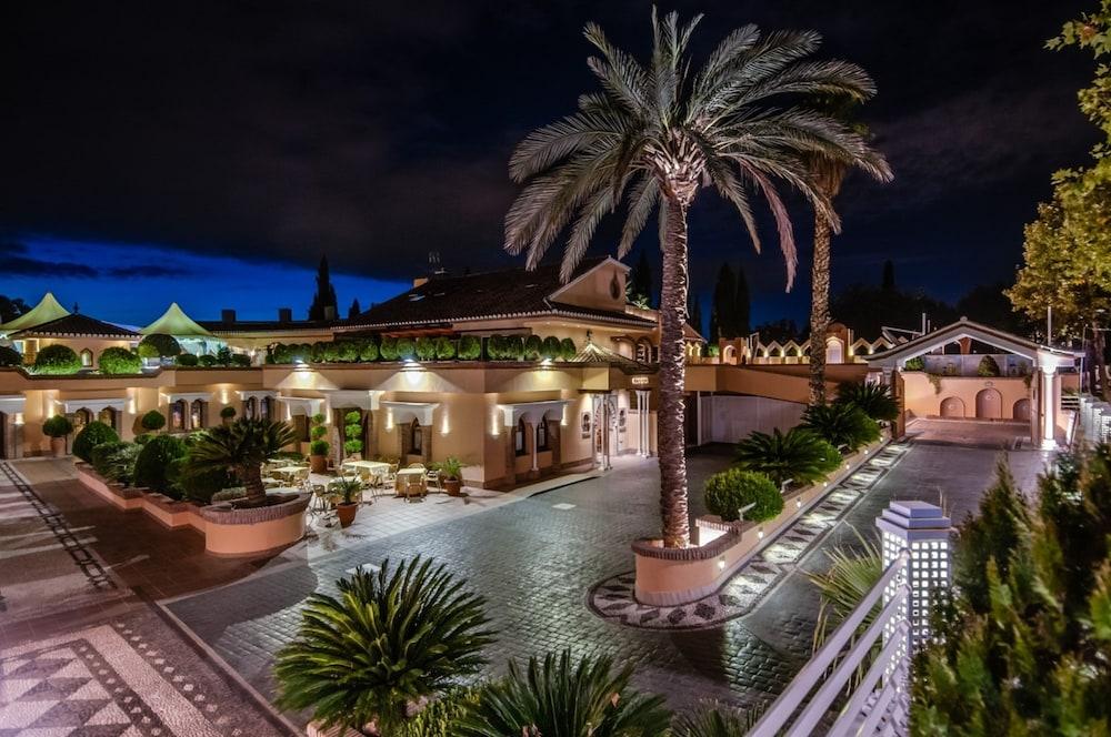 住宿 格拉納達皇家坤塔飯店 (Quinta Real Granada)Huetor Vega