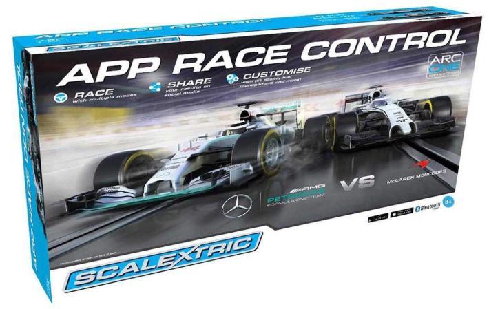 Testing - Scalextric C1346 - Mercedes F1 ARC ONE Race Set
