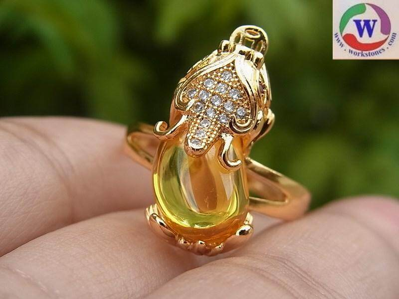 แหวนชุบทอง 18 K ปี่เซียะ มณีใต้น้ำสีเหลือง(เพชรพญานาค)