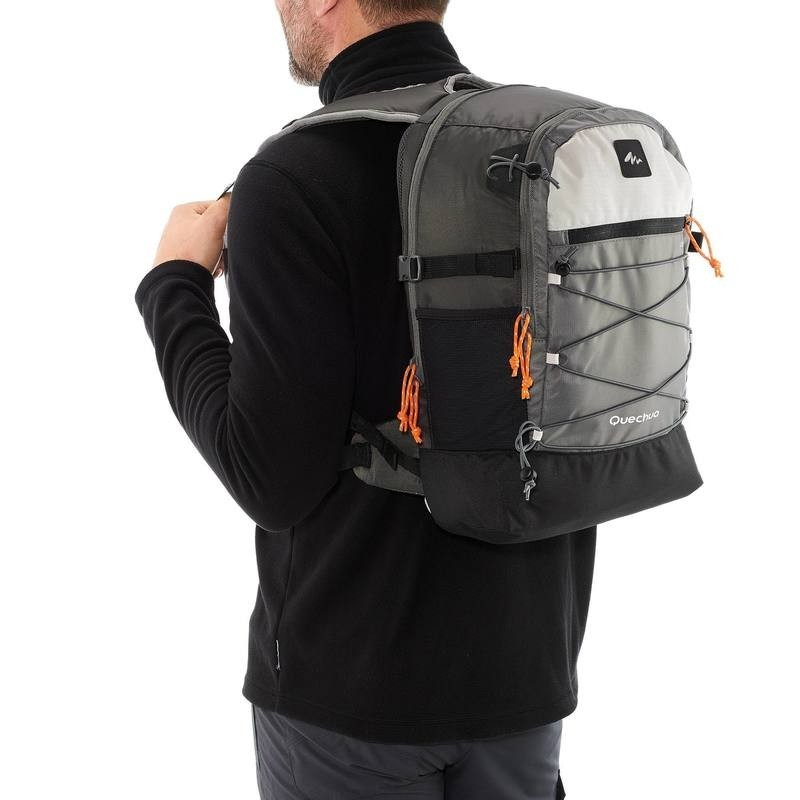 23L運動背包雙肩背包 後背包Escape深灰Macbook Pro筆電背包 書包 露營 登山 自行車背包 健行 迪卡儂