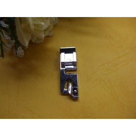 "CM01057 便利式捲邊壓布腳1/8""(捲平)=台灣製造.適用直線家用車樂美/勝家/兄弟縫紉機"