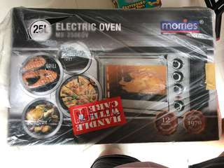 BNIB Morries oven