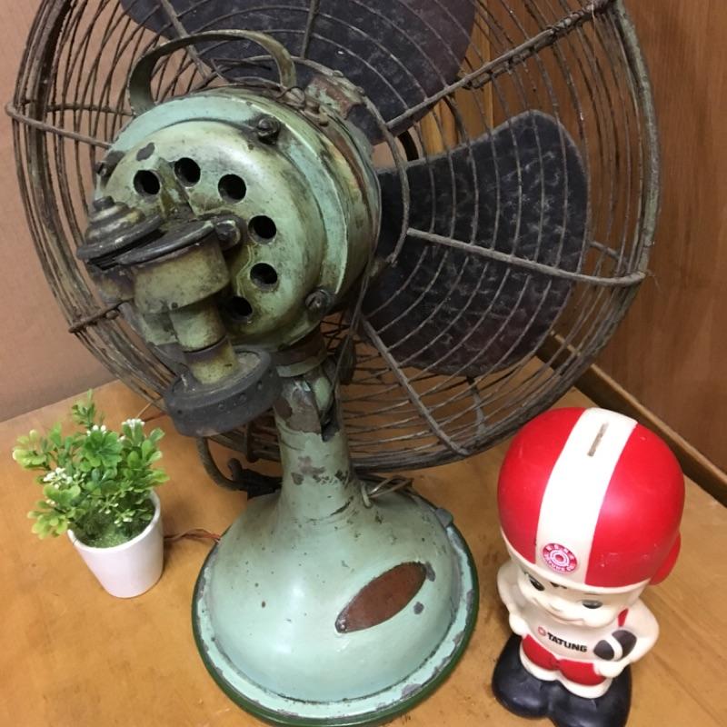 早期古董電風扇EE⋯故障品、僅擺設用#電扇#擺設#收藏#古董#風扇#古董#大同#早期