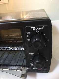 Small TOYOMI oven