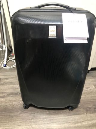 🚚 BRAND NEW with TAGS Delsey Luggage