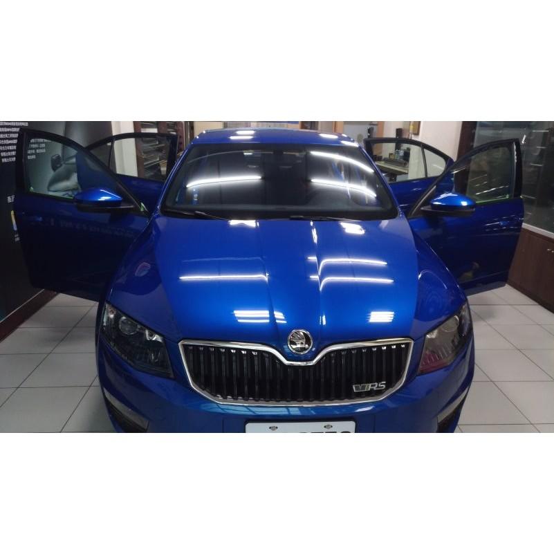 震宣汽車隔熱紙 用心呵護您的第三空間 FSK藍鑽系列純黑色 SKODA OCTAVIA RS